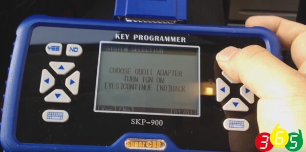 skp900-choose-obdii-adapter