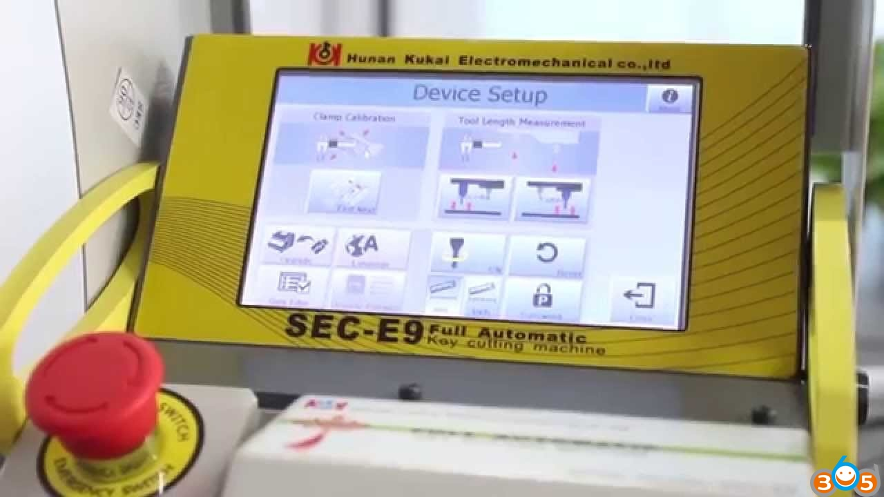 sec-e9-cnc-key-cutting-machine