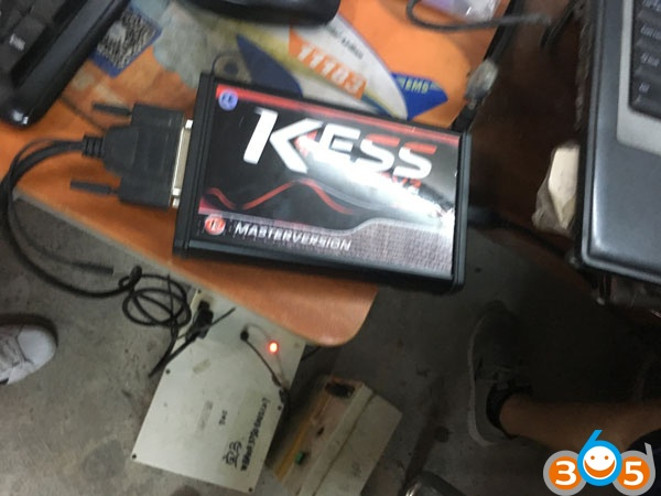 kess-5.017-read-write-bmw-msv80-(4)