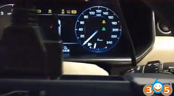Lonsdor-K518ISE-ajouter-nouvelles-clés à Range-Rover (22)