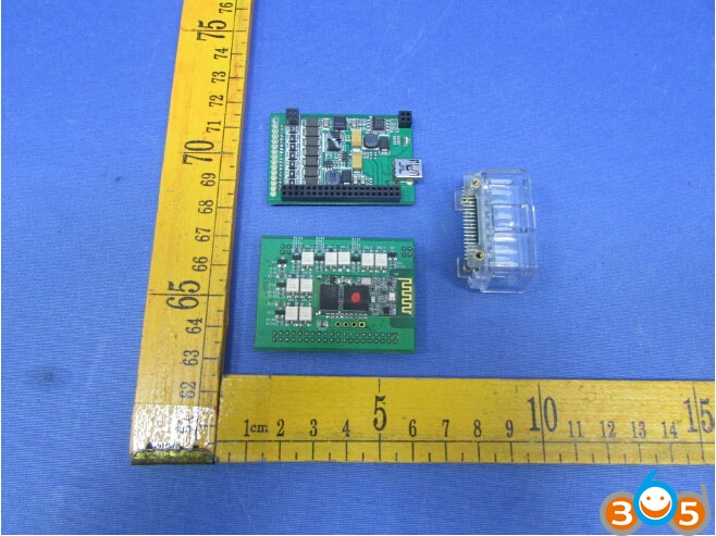 launch-easydiag-30-pcb-3