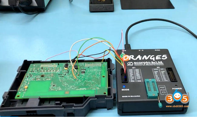 orange5-renault-clio4-hrm-2
