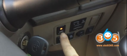 obdstar-key-master-toyota-G-chip-8