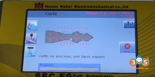 sec-e9-key-machine-cut-nissan-keys-18