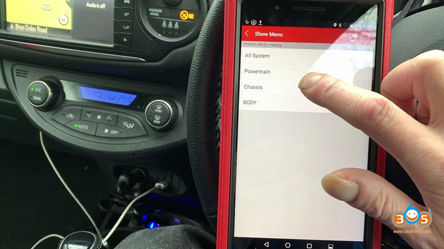 Launch X431 Pros Mini Diagnose Toyota Yaris 2012 15